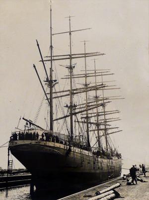 København - 5 masteret sejlskib