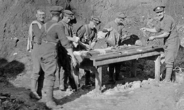 En engelsk soldats påklædning under 1. Verdenskrig